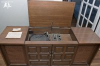 old-house-crazy-diy-restore-an-old-stereo-console-02.jpg